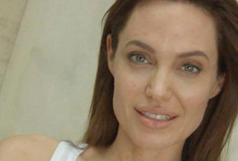 Джоли без макияжа
