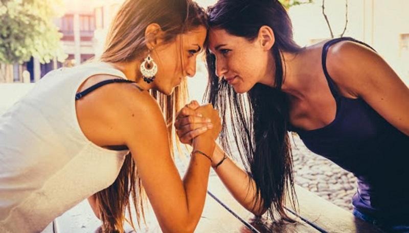Вызвать зависть подруг