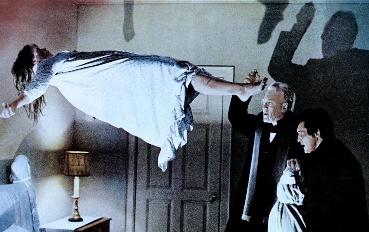«Изгоняющий дьявола» (1973 г.) | «Ребенок Розмари» и «Полтергейст». Какие еще фильмы попали в список проклятых? | (СОК,Медиа)