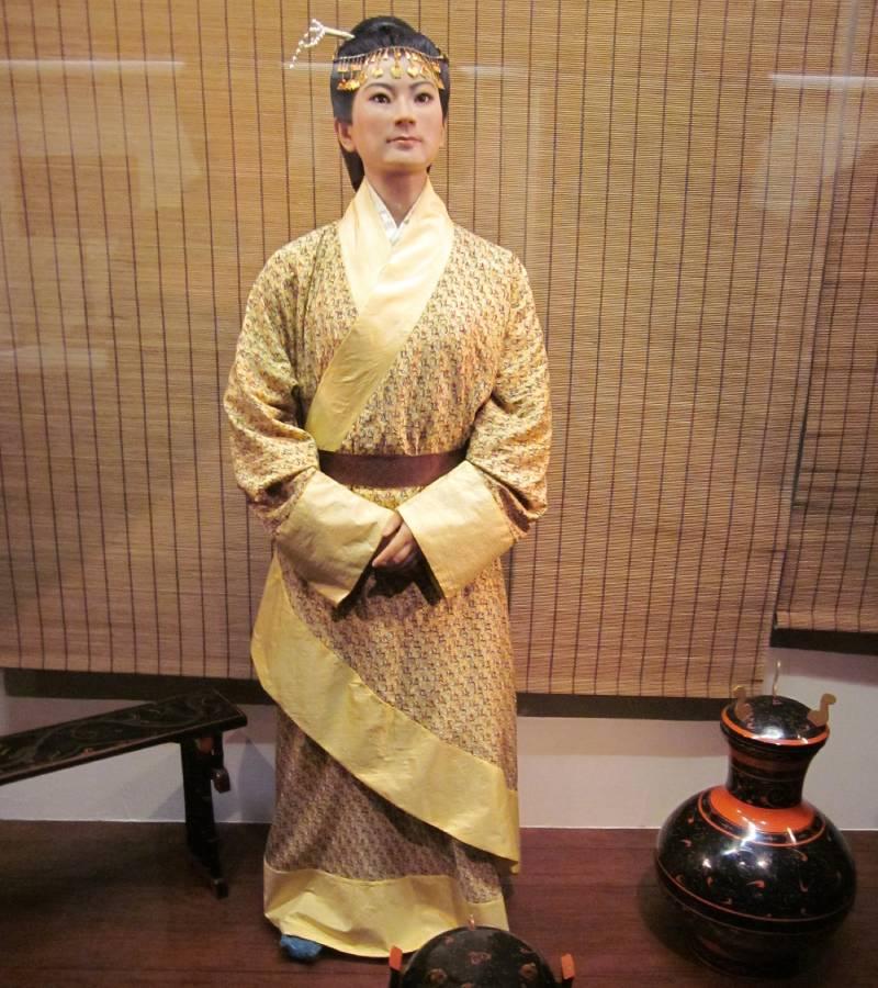 Секрет леди Дай. Мумия, которой 2100 лет, выглядит так, будто ее похоронили неделю назад.|(СОК.Медиа)